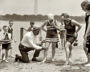 bathing-suit-law-1922